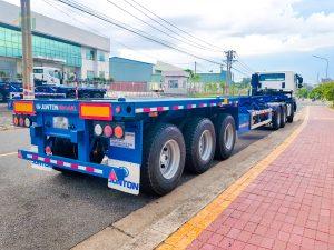 Hình ảnh bàn giao xe đầu kéo Daewoo & rơ mooc Junton